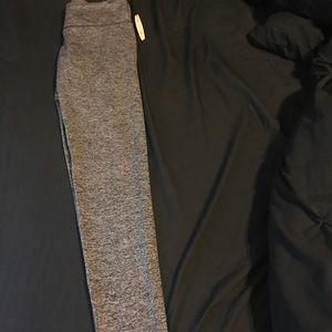 VS Sport Tight charcoal gray leggings