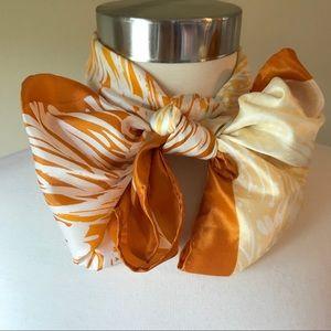 Vtg Robinson Golluber Ombré Orange Floral Scarf