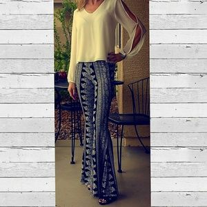 Pants - Flare / Bell bottom pants