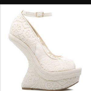 Shoedazzle heel