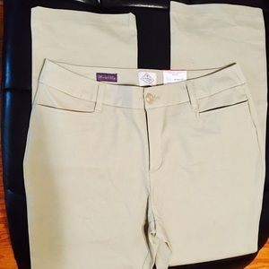 BRAND NEW St Johns Bay Khakis Size 12