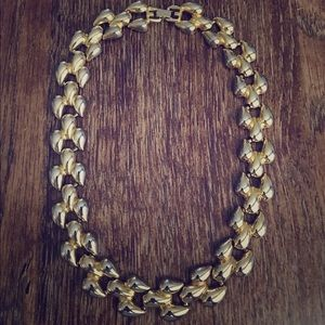 Jewelry - Vintage Gold Link Choker