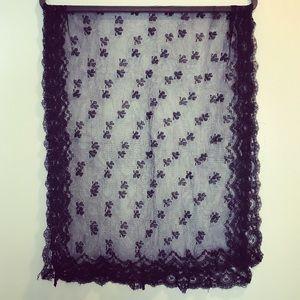 Vintage black embroidered lace chapel veil
