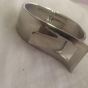 Jewelmint Silver Cuff Bracelet