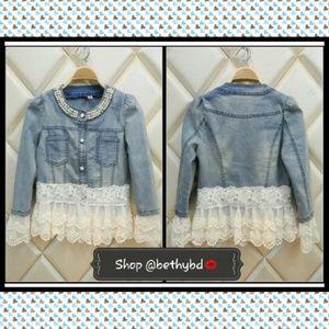 Jackets & Blazers - 🔴🔵JUST IN💝🎉2XHP🎉Denim & Lace jacket w/Pearls