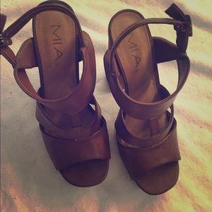 MIA high heels Platforms Sz 7 - brown
