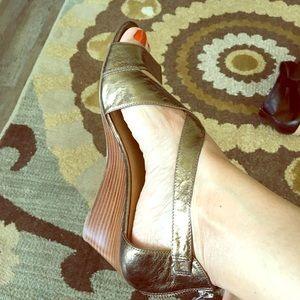 Nine West Shoes - Nine West open toe zippered back bronze wedges