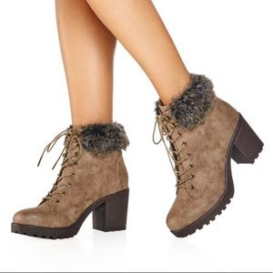 Fur Cuffed Chunky Heel Boots Hot & EUC