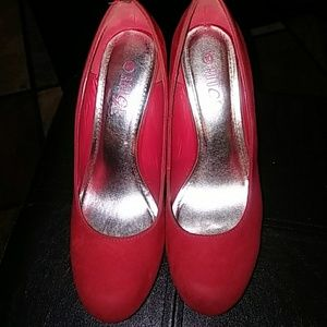 Size 10 Red Pump