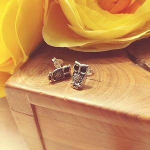 Jewelry - Sterling silver owl earrings
