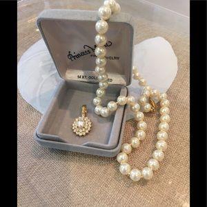 Pearl & 14 karat plate necklace