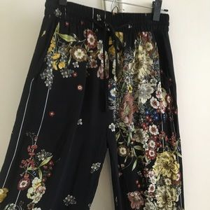 Zara High Res Wide Leg Trousers - Size M