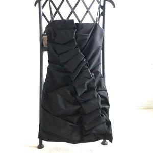 Dresses & Skirts - BEAUTIFUL black dress!!