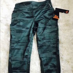 NWT mesh detail rbx active pants