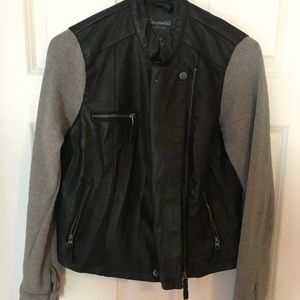 Leather jacket with clothe sleeve