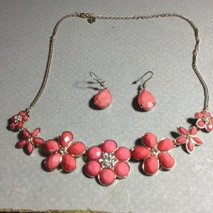 Gorgeous Chain and earrings set