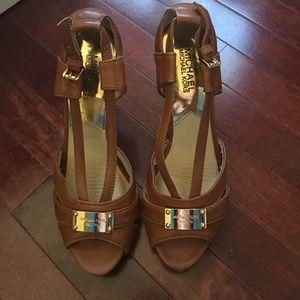 Micheal Kors Sandals- Excellent condition
