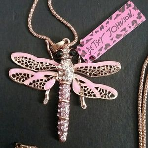 Betsey Johnson pink gold dragonfly necklace
