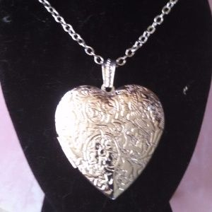 Jewelry - New Silver Heart Locket Pendant Necklace and Chain