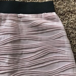 H&M Skirts - H&M BLUSH ROSE SKIRT SZ SMALL