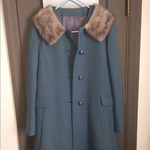 Jackets & Blazers - Vintage ladies jacket with fur collar