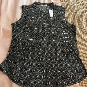 NWT Dress Barn sleeveless blouse XL