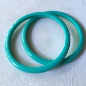 Jewelry - Turquoise color Acrylic Bangles Pair