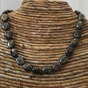Jewelry - 🛍✨NEW✨PYRITE NECKLACE🌷