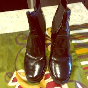 Franco Sarto Shoes - EUC Franco Sarto leather booths.  Fits above ankle