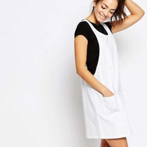 7333e6e94bf New Look White Denim Pinafore Dress (US Size 4). M 59c6c88eb4188e42e5008a0a