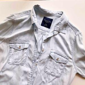 American Eagle Light Chambray  Shirt (Size M)