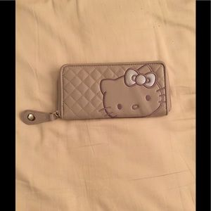 Hello kitty quilted wallet