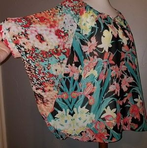 Flowy floral sheer blouse dolman