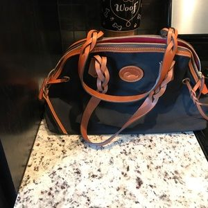 NWOT Large Dooney and Bourke Satchel-never used