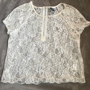 Divided beautiful Lace crop top