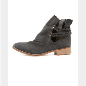 Free people Landslide gray ankle boots