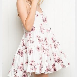 Printed flow dress from brandy Melville
