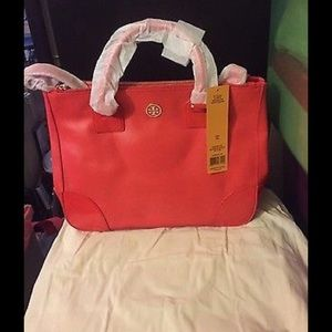 3b076117e4e5 ... handbag Juicy couture wallet Tory Burch Robinson Double Zip Tote ...
