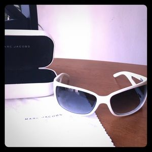 Marc Jacobs Plastic Butterfly Sunglasses