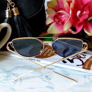 Black and gold stunner glasses