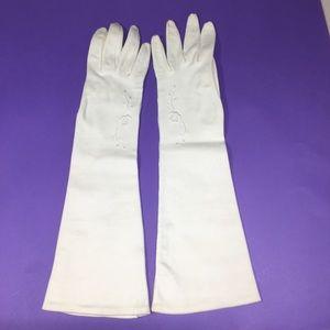 Other - Vintage cream color opera gloves