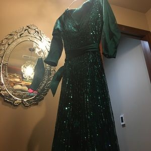 Stunning Jovani turquoise dress in size 6