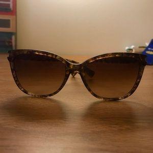 Coach Sunglasses (style: HC8132 L109)