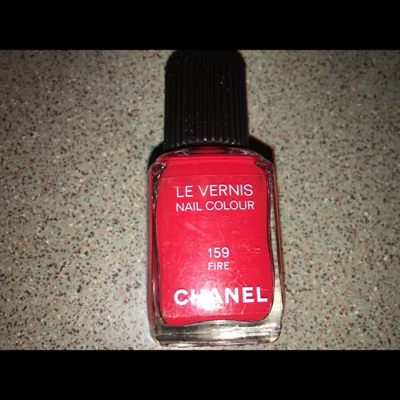 CHANEL Makeup | Le Vernis Fire 159 Nail Polish Red Rare | Poshmark