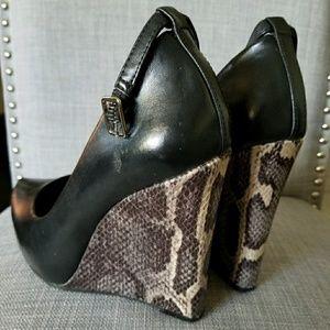 BCBG snake skin heels