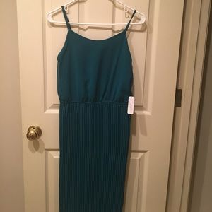 NWT S Maxi pleated teal dress--Charming Charlie