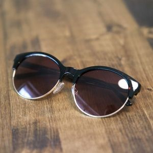 50d811561a3 Old Navy Accessories - Half-Frame Sunglasses in Tortoise