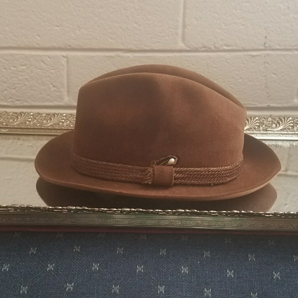 dc360fbe60f40 Dobbs Other - 🔥Men s Dobbs Fifth Avenue of New York Derby Hat