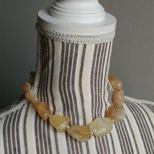 Jewelry - Vintage Salt Stone Choker
