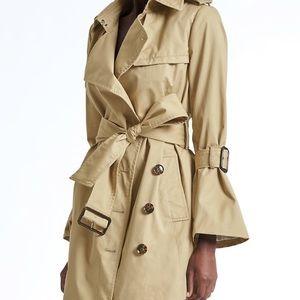 💕CURRENT! 💕NWT Olivia Palermo For BR Trench!
